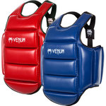 Venum KARATE Body Protector Reversible Karate Lichaamsbeschermer.