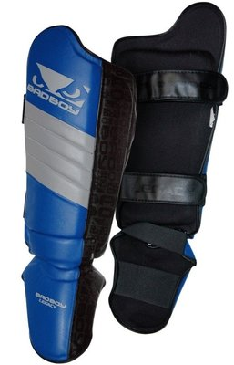 Bad Boy Legacy Thai Scheenbeschermers Shin Guards Black Blue Grey
