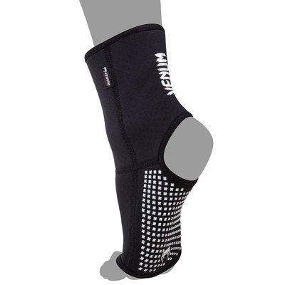 Venum KONTACT EVO Foot Grips by Venum Fightgear