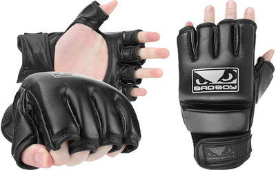 Bad Boy Victory MMA Gloves Black MMA Handschoenen